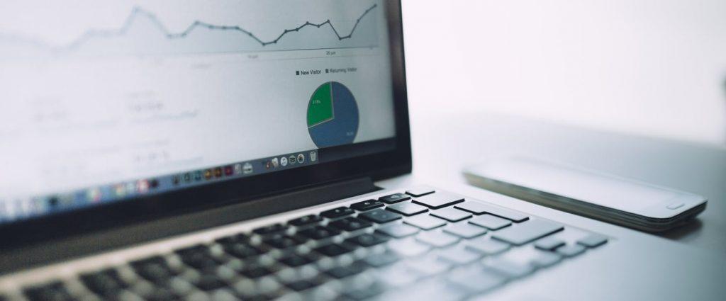 Statistiques Google Analytics sur un ordinateur portable