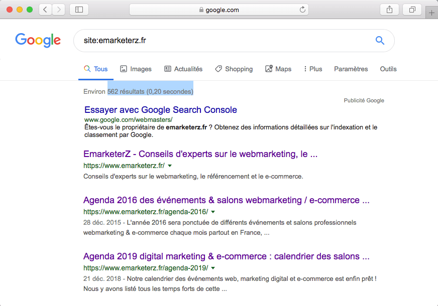 La commande site: qui permet de connaître le nombre de pages indexées dans Google