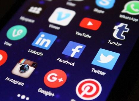 Les images publiées sur les réseaux sociaux doivent respecter certaines dimensions.
