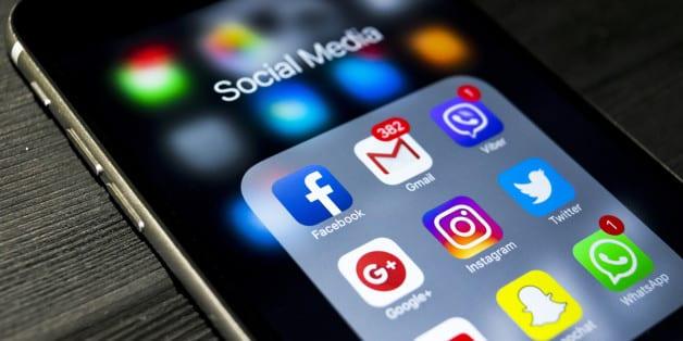 Social_Media_Emarketerz