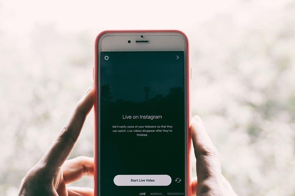 Les vidéos verticales sur mobile bossent l'engagement sur les réseaux sociaux